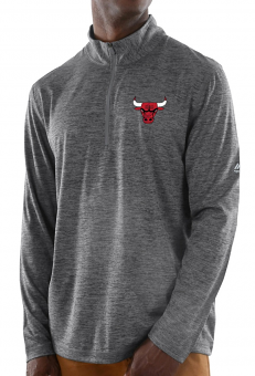 "Chicago Bulls Majestic NBA ""Focused"" 1/2 Zip Mock Neck Pullover Shirt"
