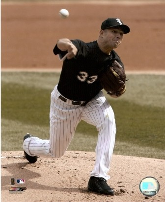 Javier Vasquez White Sox Pitching 8x10 Photo