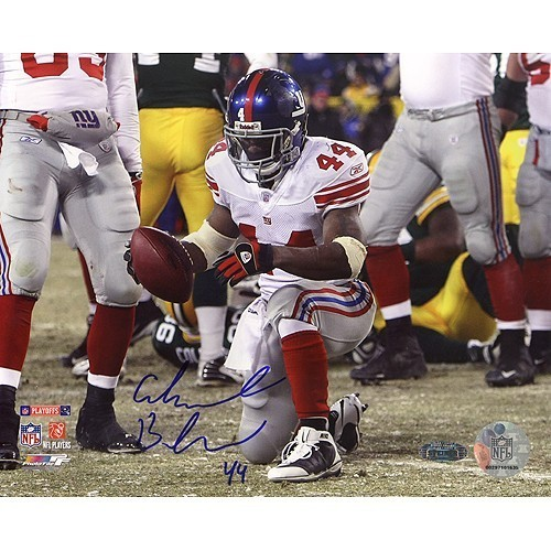 Ahmad Bradshaw Signed TD vs Packers 8x10 Photo